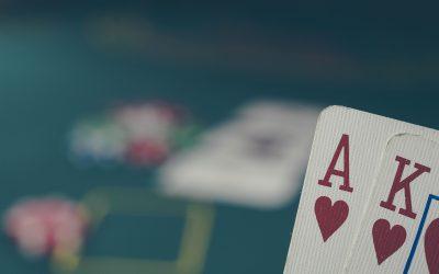 Hierarchia układów pokerowych, czyli do kogo należą żetony po rozdaniu?